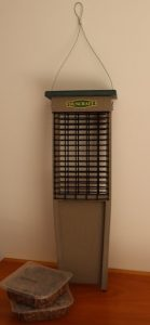 Duncraft Eco-Strong Tail Prop Suet Feeder, donated by Kathryn & Al Davino.